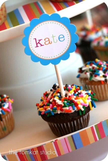 lollipop cupcake